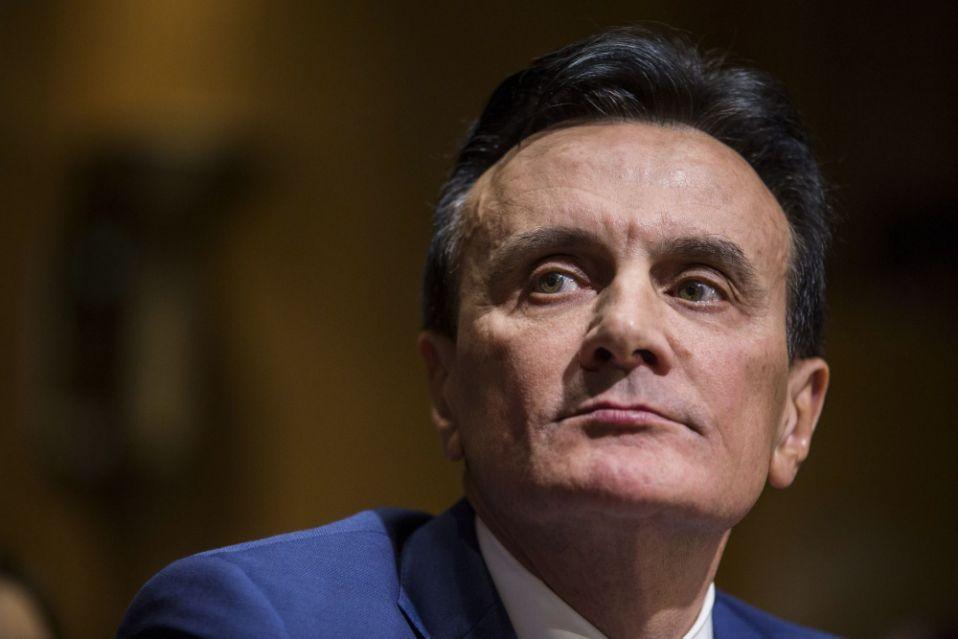 CEO de Astra defiende entrega de vacunas ante comité de la UE