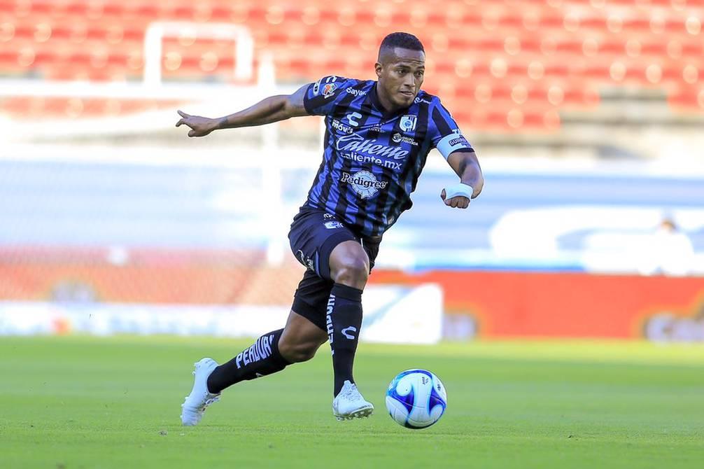 Antonio Valencia quiere retirarse en Gallos Blancos