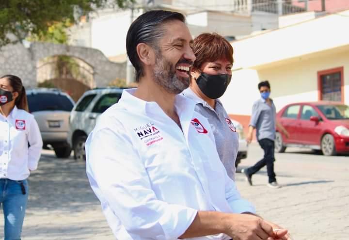 Miguel Nava visita Ezequiel Montes