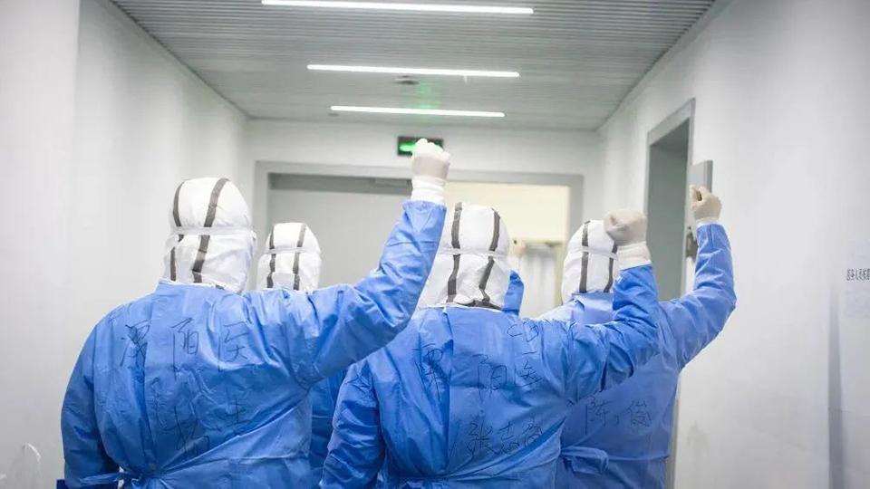 Llaman médicos a candidatos y partidos políticos a respetar las medidas sanitarias
