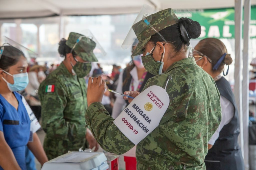 México ha aplicado más de 10 millones de vacunas contra covid-19