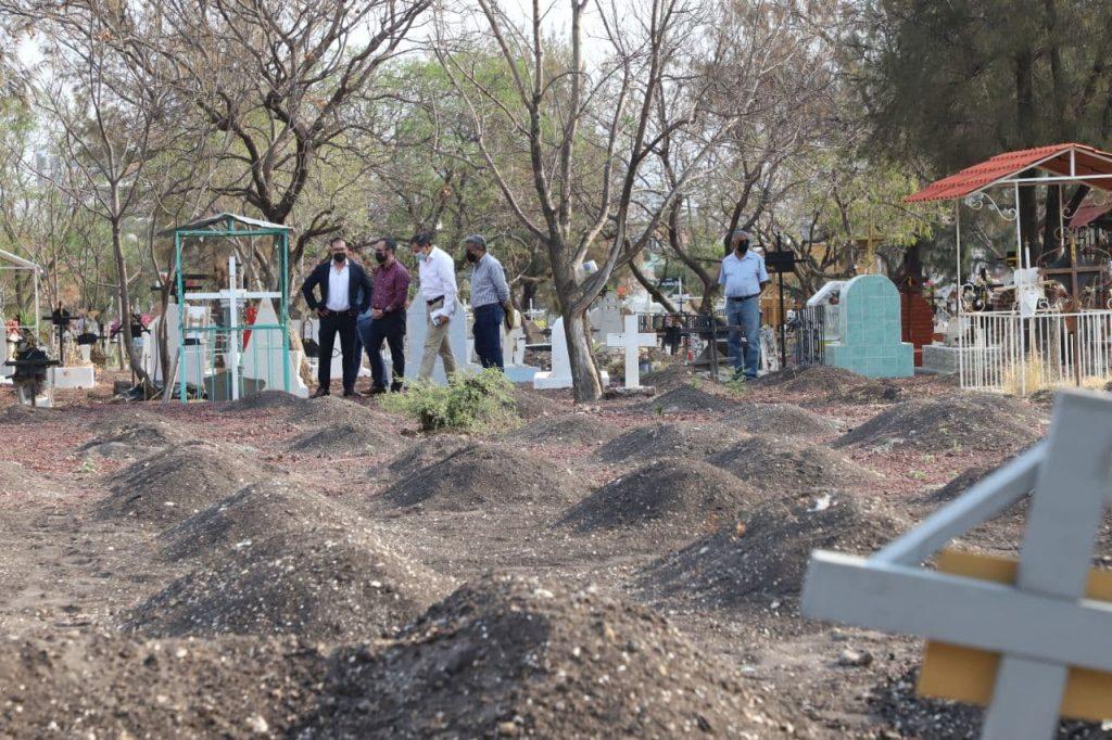 Municipio mantiene medidas de sanidad en los panteones Municipales